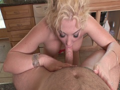 Busty blonde brenya rose blows the plumber for payment